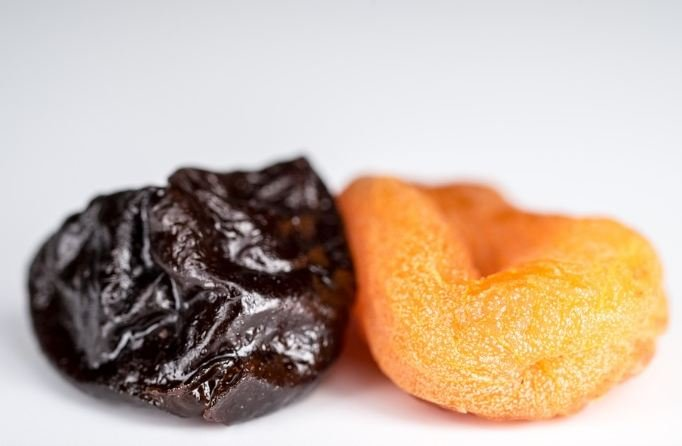 Dried apricots and prune