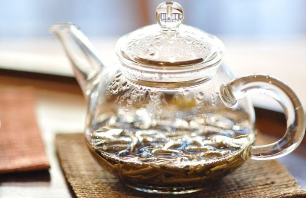 Jasmine tea in teapot