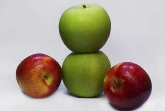 Two red and two green apple