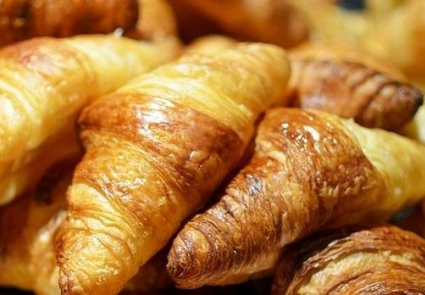 Croissants with trans fat