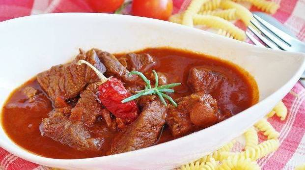 Red meat goulash