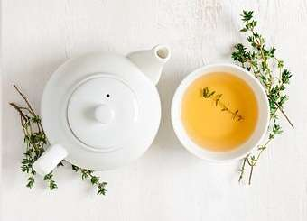 Green tea for erythema nodosum