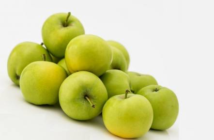 Nutritional benefits of eating apples
