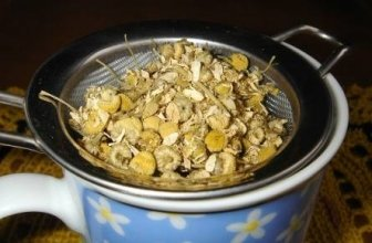 Is Chamomile Tea Safe While Breastfeeding?